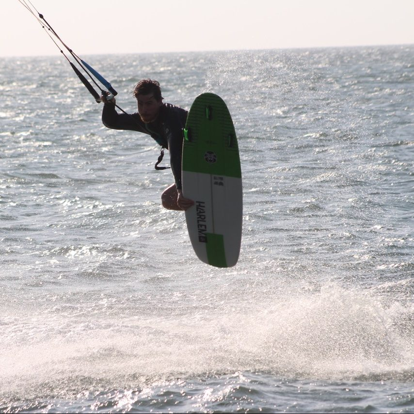 directional kiteboard charge y