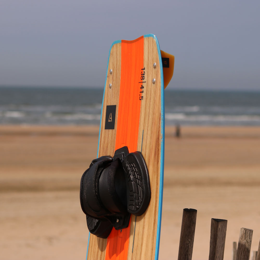 kite board harlem wood step in y