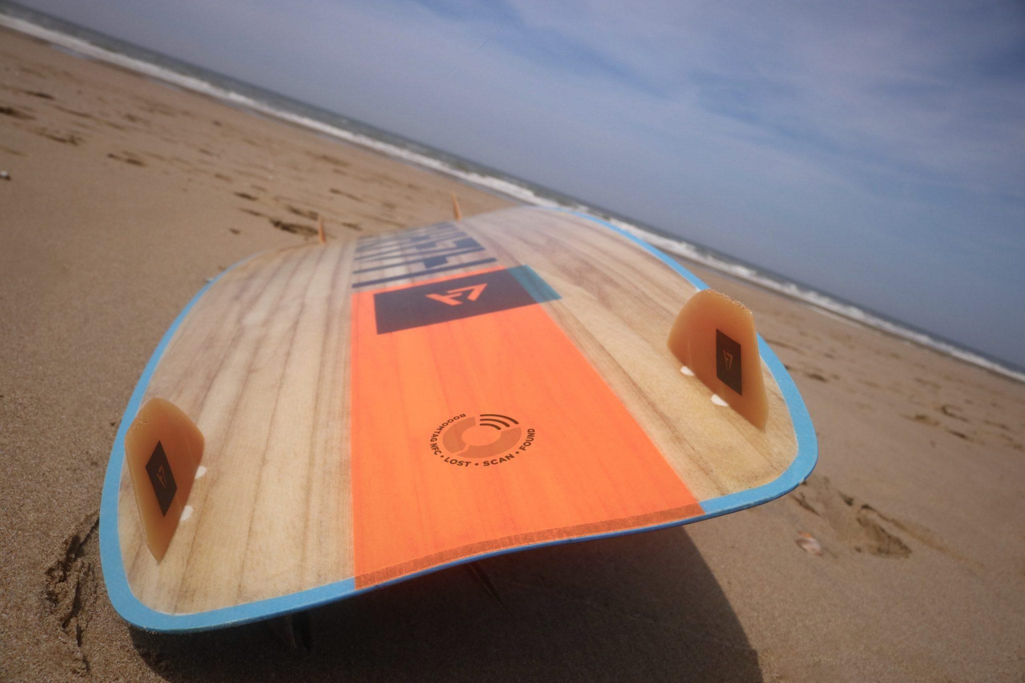 kiteboard wood y