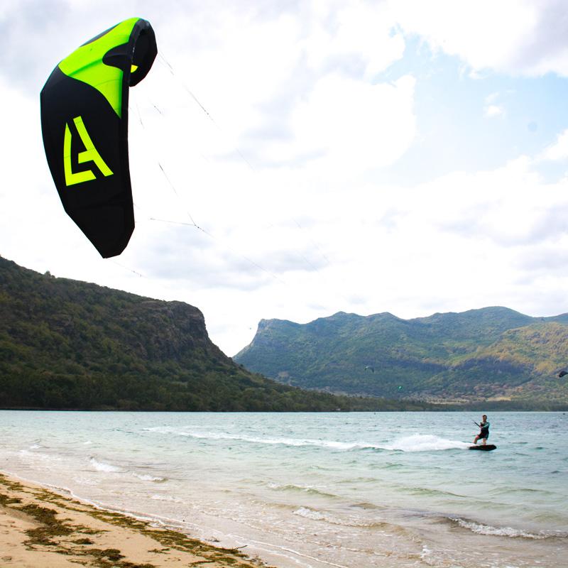 wave kite beach